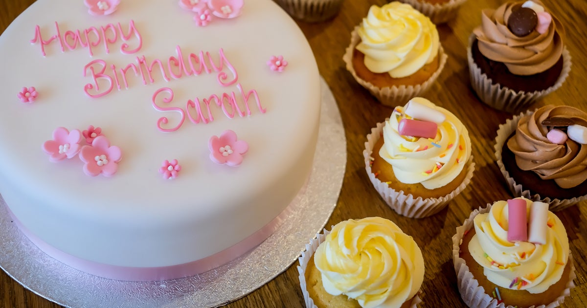 Cake Decorating Course Leamington Spa : The Cakery delivery from Royal Leamington Spa - Order with ...