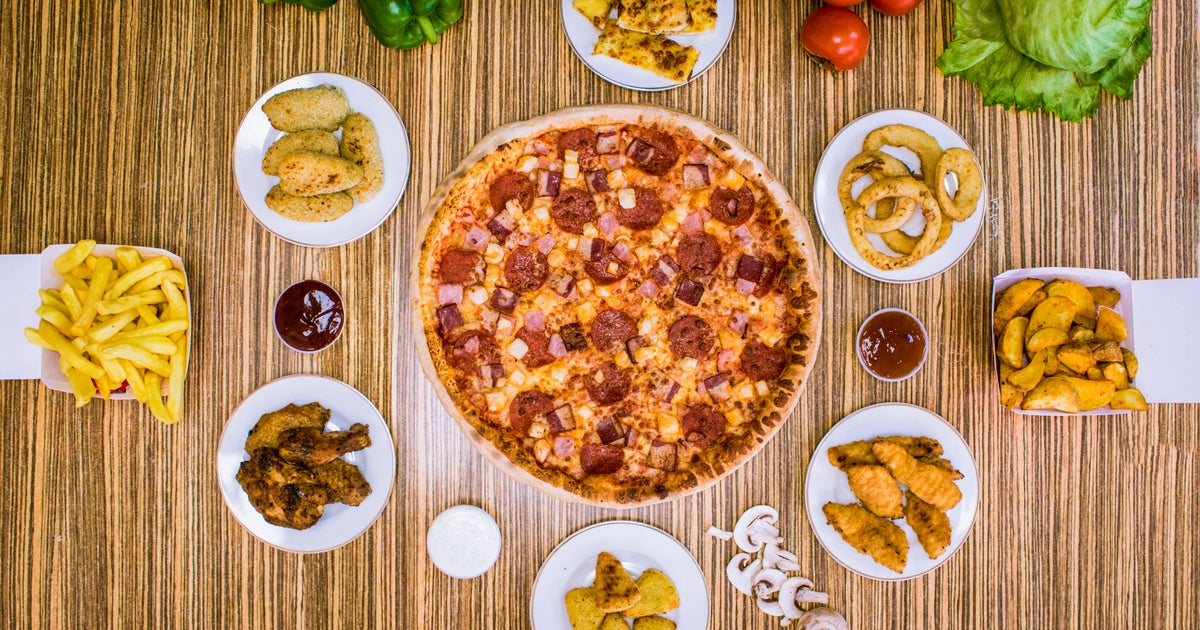 Apache Pizza Delivery From City Hall Order With Deliveroo
